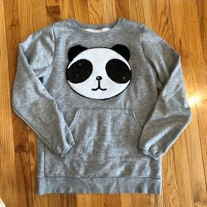 Tops - Panda sweatshirt w pockets